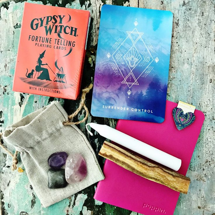 WOObox ~ Personal Practice  Everything you need to start your own daily practice!   This WOO box contains the following:  Gypsy Witch Fortune telling cards  Palo Santo  White Candle   Note book and book mark  Bag of Crystals -   Amethyst  Labrodite  Fluorite  An E-book PACKED with info on how to start your daily spiritual practice and connect with your cards.