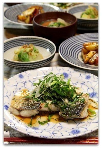 ふっくら*さごし(さわらの若魚)の酒蒸し 香味野菜のせ by miyukiさん ...