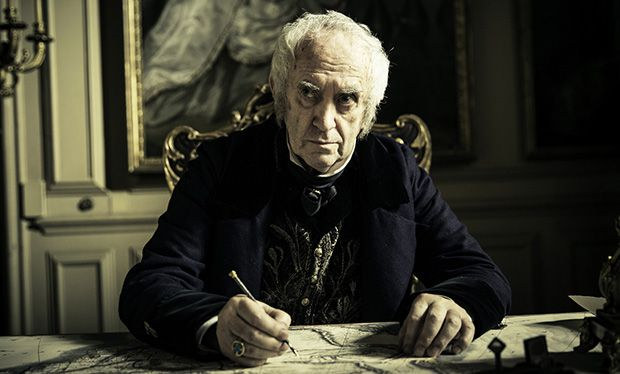 """Jonathan Pryce as Sir Stuart Strange, the head of the East India Company in """"Taboo"""""""