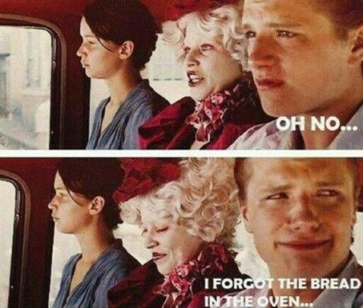 The hunger games... Funny but sad :( #atleasthelives