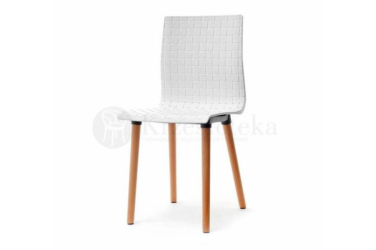 Proste krzesła do jadalni to nowoczesne rozwiązanie. Dzięki tym krzesłom kuchnia nabierze nowoczesnego skandynawskiego charakteru. Koniecznie sprawdź.