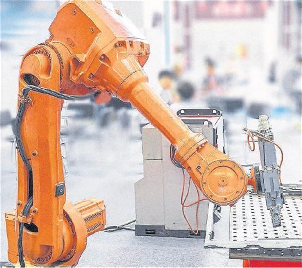 Casi la mitad de los trabajos de hoy serán hechos por robots en 2035 - 17.10.2015 - LA NACION