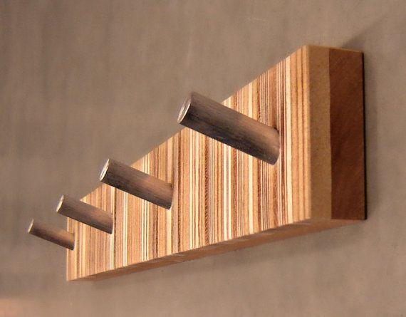 Cuatro-gancho moderno Perchero, mediados siglo inspirado, en madera y Metal