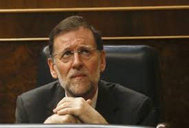 """Οι Σοσιαλιστές καταψήφισαν τον Ραχόι στην πρώτη ψηφοφορία: Το Σοσιαλιστικό Κόμμα έστειλε σήμερα ένα """"προειδοποιητικό"""" μήνυμα στον Μαριάνο…"""