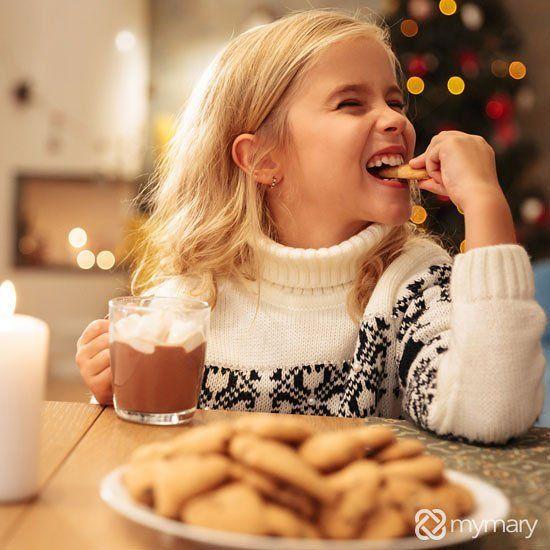 Der Kälte lässt sich am besten trotzen indem man es sich zuhause gemütlich macht. Mit einem leckeren heißen Kakao. Mit Sahnehaube und Dekoration wie Perlen oder Schokoladensoße. Kaltes Wetter kann so schön sein!  Cold can be defied best by relaxing at home. With a delicious hot cocoa. Together with a cream topping and deco like sugar beads or chocolate sauce. Cold weather can be so nice!  #mymary #babysitting #kinderbetreuung #münchen #munich #heißeschokolade #hotchocolate #cream #relaxing…