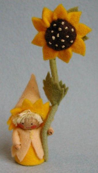 Atelier Pippilotta :: Zomer - felted sunflower and woodland girl.