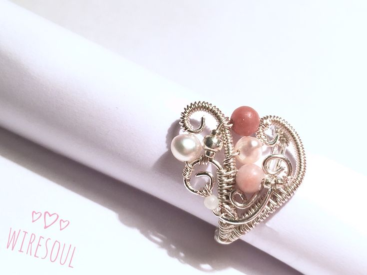 Wire jewerly, wire ring, pearl, rodonit, rose quartz