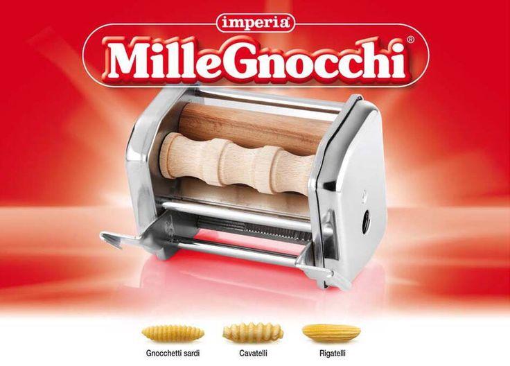 L'accessorio Mille Gnocchi per tre tipi di gnocchi: cavatelli, rigatelli e gnocchetti sardi.