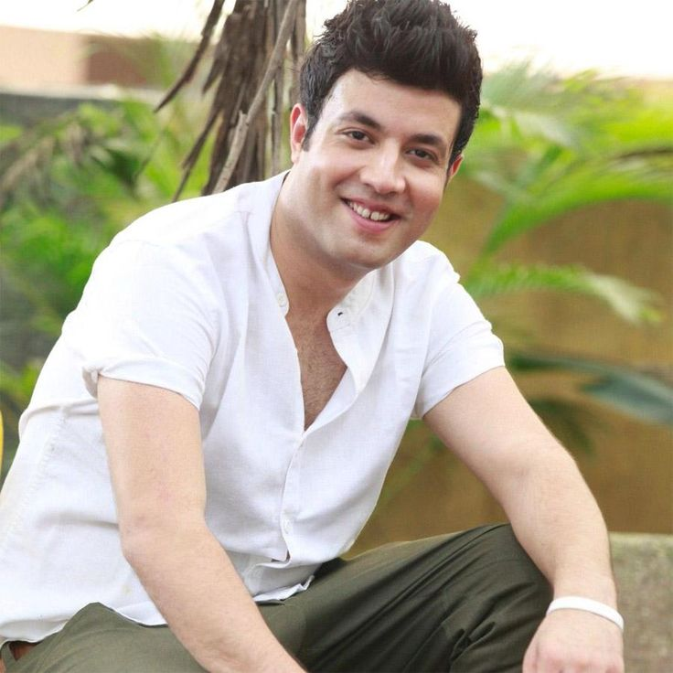 Actor Varun Sharma, who is also famously known by the name Choocha, is riding high on the success of his latest movie, 'Fukrey Returns'. In just 11 days, the film earned more than Rs. 70 crores and got itself a tag of a 'super-hit'. And the credit goes to the savior,...