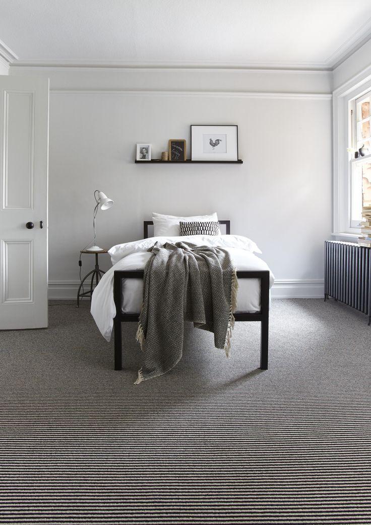 Linear plain and stripe carpet