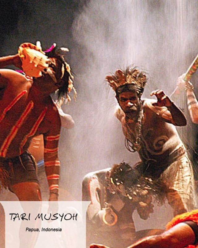 #FaktaCepatCOLORtorial: Tari musyoh, menari untuk kesenangan arwah kerabat dan kedatangan Anda ke tanah Papua! Temukan fakta unik Papua dalam game COLORtorial. Download sekarang di App Store dan Playstore!  #EMCOLUX #COLORtorial #catkayubesi #warna #ngecat #surabaya #jakarta #depok #tangerang #bogor #bekasi #bandung #bali #banyuwangi #denpasar #jember #jogja #semarang #solo #kediri #mataram #nusatenggara #lombok #purwokerto #padang #makassar #cirebon #kupang #malang @indonesianrepost…