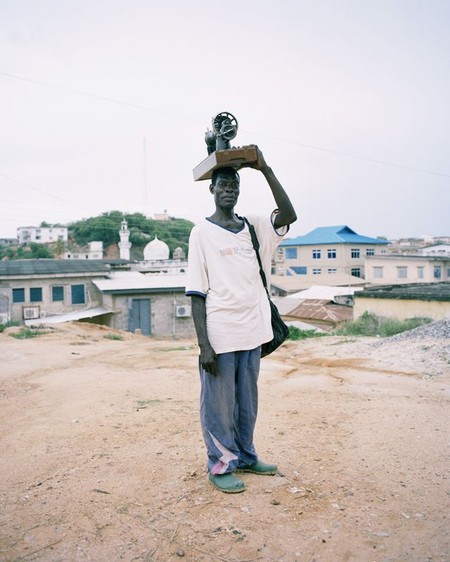 "In the series ""PLEASE DON´T SMILE"", Malte Wandel successfully captures moments of the present in West African towns, from which he highlights certain protagonists and tells their stories."