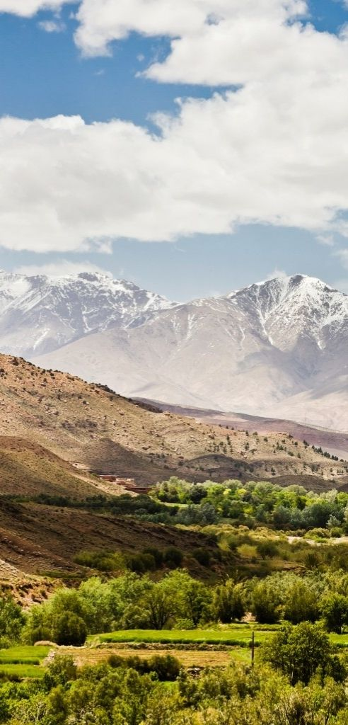 のどかな景色が広がるアトラス山脈の麓。
