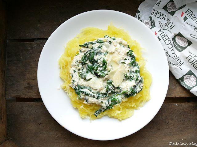 Delicious blog: Špagetová dýně se špenátovou kešu omáčkou