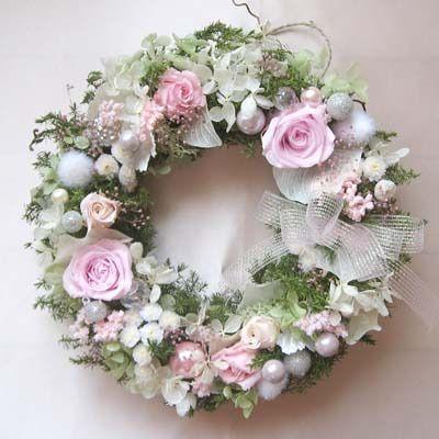 【魔法のお花プリザーブドフラワー】キラキラパールとベビーピンクのバラのリース 【送料無料】 - アレンジメント -【garitto】