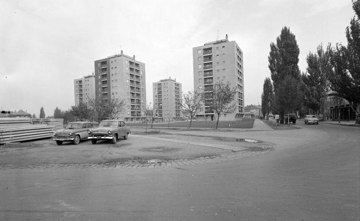 Széna tér (Május 1 tér).