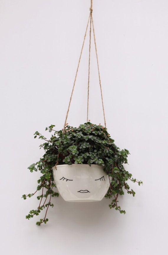 Weiße Keramik, hängendes Pflanztopf Gesicht BerriesforBella auf Etsy