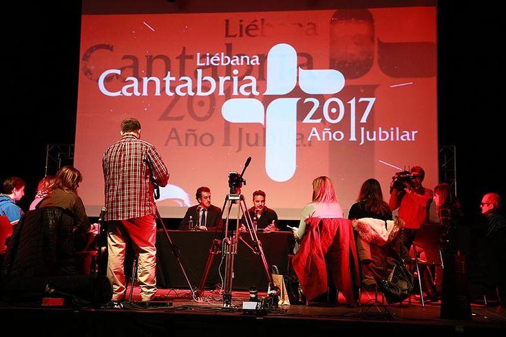 Him, Love of Lesbian y Juan Perro & Kiko Veneno, protagonistas de 'Los Conciertos del Año Jubilar' en Escenario Santander #Cantabria #Spain