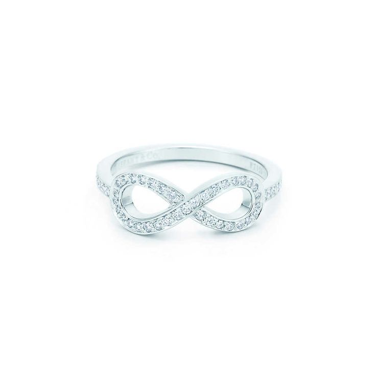 Tiffany Infinity ring in platinum with diamonds. | Tiffany & Co.