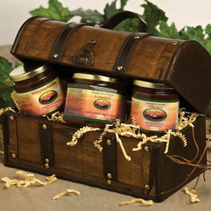 Simply Delicious Gourmet Chest     A gourmet offering, nestled in an exquisite handmade wooden chest. Perfect for any home decor.    Bluberry Honey Mustard Dip  Gourmet Caramel Toffee Sauce  Roasted Red Pepper & Onion Relish