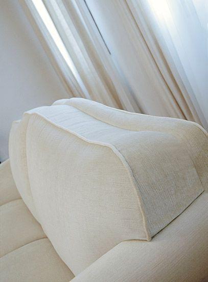 particolare della finitura dello schienale divano classico Classic - Tino Mariani http://www.tinomariani.it/prodotti/classic.html