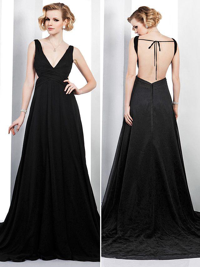 TS Couture Formal Evening Dress - Black Plus Sizes / Petite A-line V-neck Court Train Chiffon - USD $ 109.99