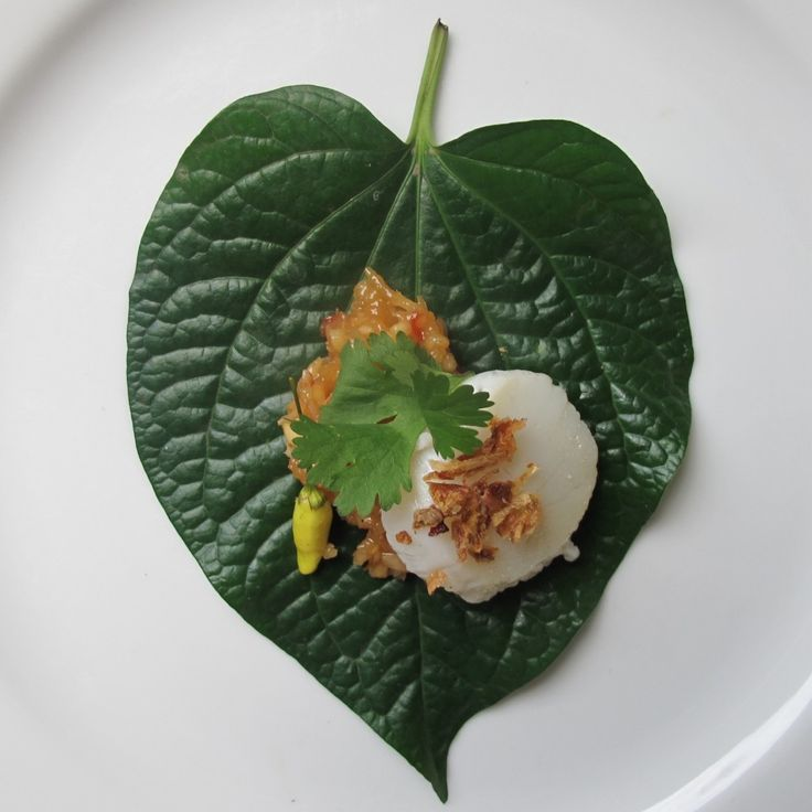 Caramelised Scallop Miang