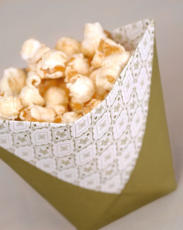 Tüte für Snacks - Popcorn oder andere Snacks finden in dieser kleinen, einfach zu faltenden Tüte Platz.