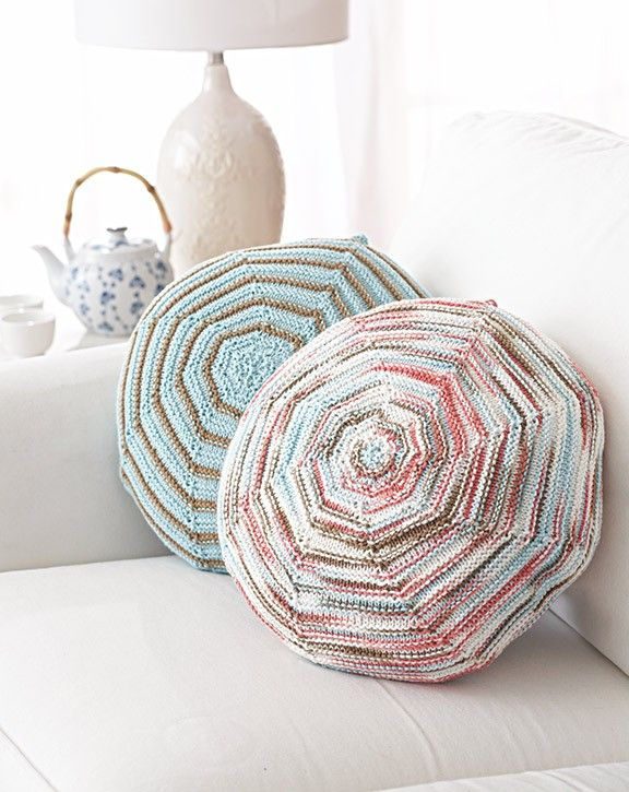 Knitting Pattern Using Cotton Yarn : Follow this free knit pattern to create these pillows ...