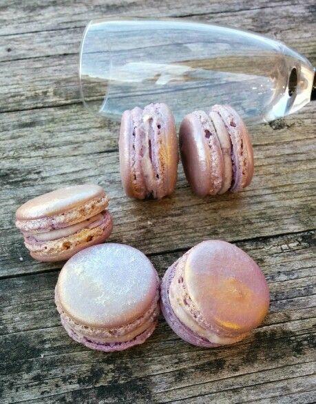 Macarons by Violeta Dulce