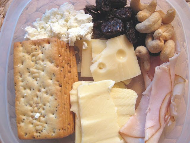 lunch idea. why can't adults have lunchables too? - Such a great idea! Why did I never think to do this?!