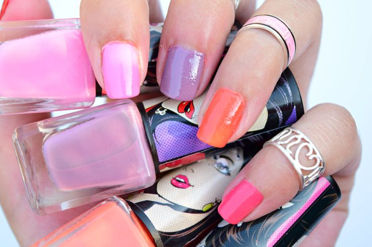 7 Street Wear Color Rich Nail Paint Swatches