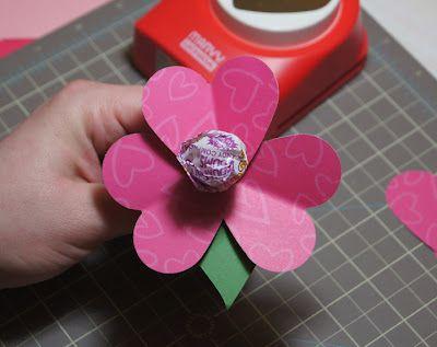 Popper & Mimi Paper Crafts: Easy Kindergarten Valentine Flower
