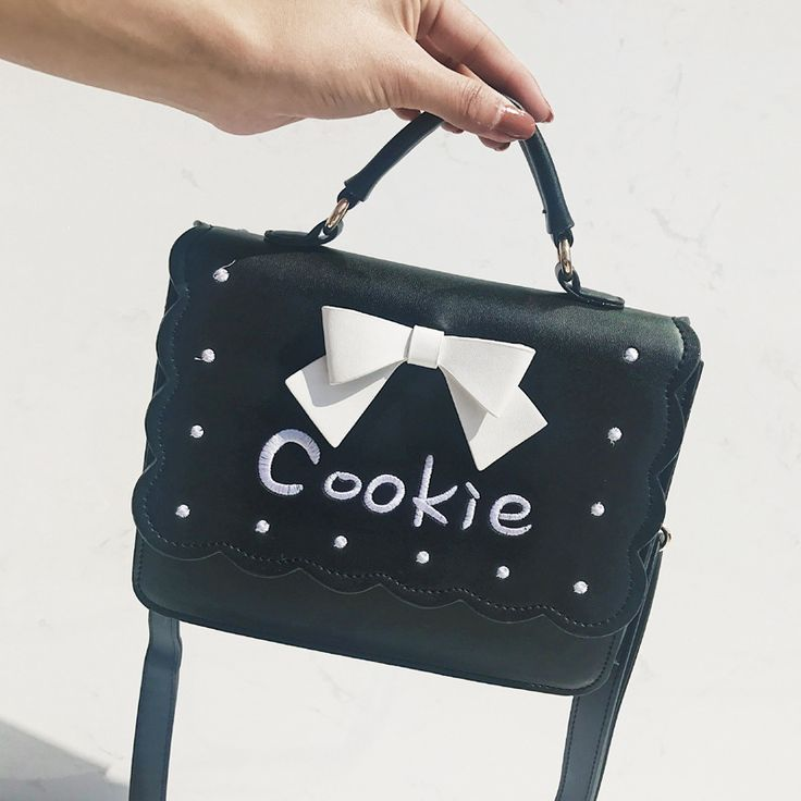 Vintage Bowknot Cookie Embroidery Women Handbags Leather Fashion  Lacework Flap Women-messenger-bags Sac A Main