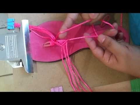 Sandalias tejidas a crochet, sandalias con pompones modelo 2 - YouTube