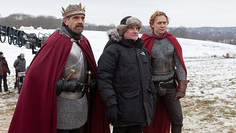 tom in hollow crown
