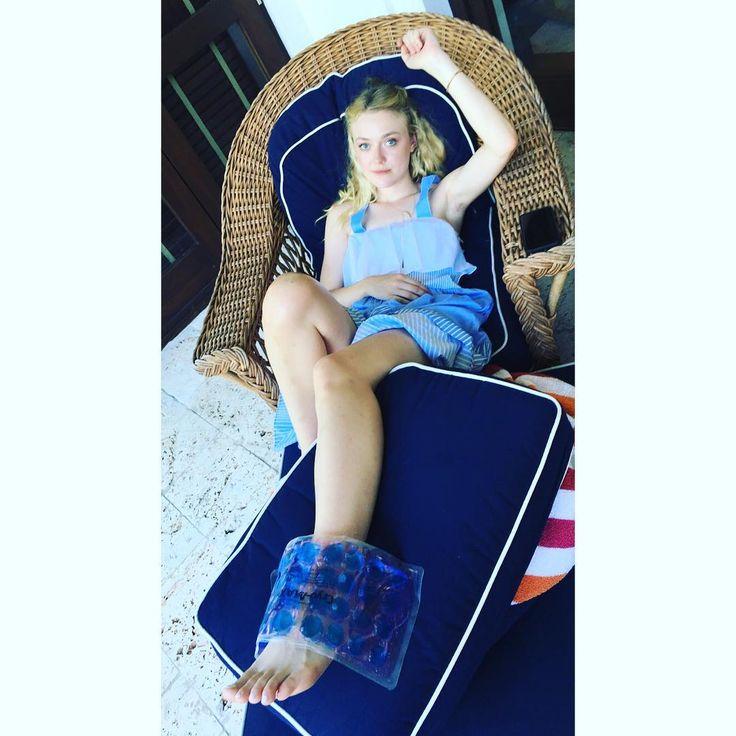 898 best ️ Dakota Fa... Dakota Fanning Instagram