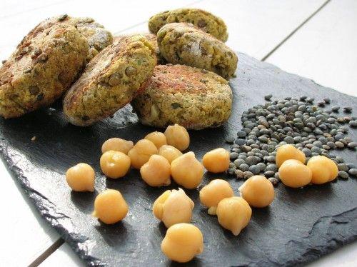 steak-vegetarien-lentilles-pois-chiches:  http://cocotte-et-biscotte.fr/steak-vegetarien-lentilles-pois-chiches/