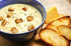 Egy finom Isteni sajtkrémleves ebédre vagy vacsorára? Isteni sajtkrémleves Receptek a Mindmegette.hu Recept gyűjteményében!