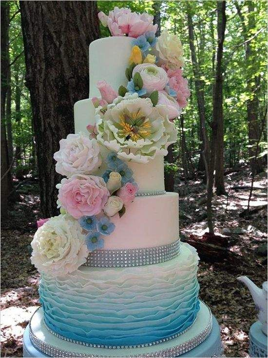Pretty Little Pastel Wedding Ideas for the Spring - wedding cake idea; Stefy Hilmer Photography