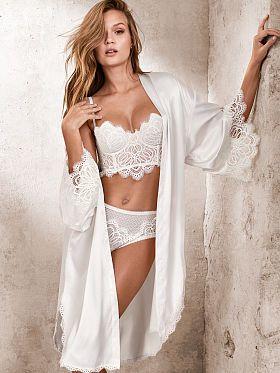Victoria's Secret: Lace-trim Satin Robe