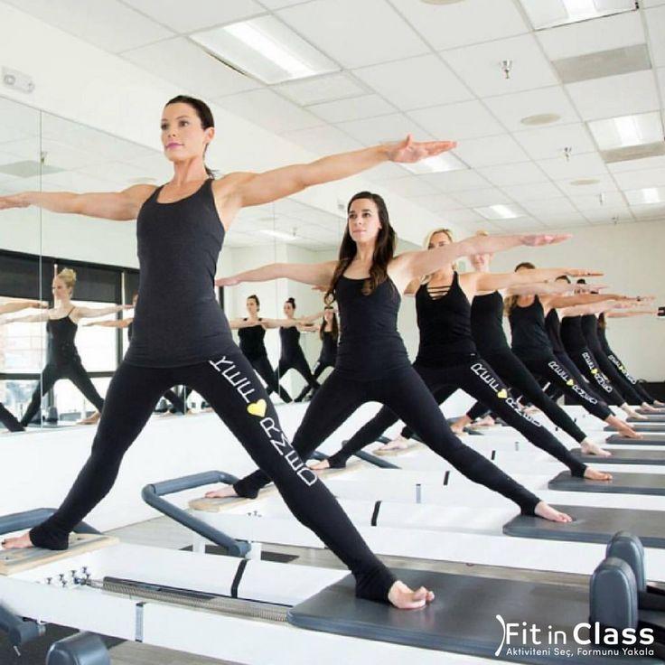 Düzenli egzersiz yaptıkça kaslarınızın çok kısa sürede güçleneceğini, tartıda kilo vermeseniz dahi, sıkılaşan kaslarınızla daha ince görüneceğinizi biliyor musunuz ?  Farklı grup aktiviteleri fitinclass.com'da!