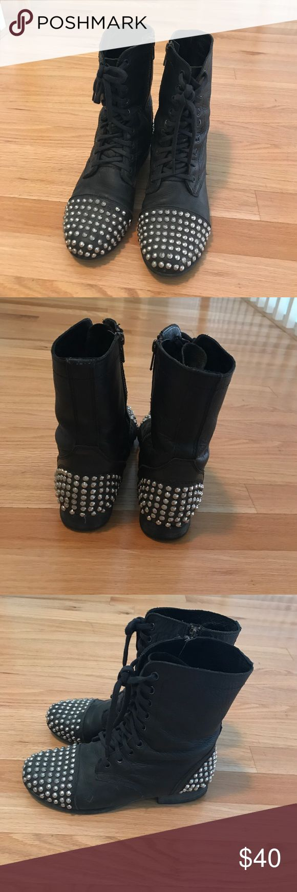 Steve Madden studded combat boots Gently used Steve Madden studded combat boots. Right boot is missing one stud, otherwise great condition. Size 8. Steve Madden Shoes Combat & Moto Boots