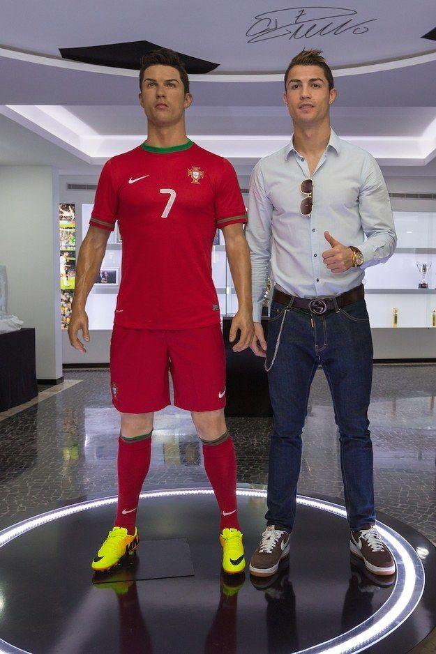 Buon compleanno. | 30 Photos That Prove Cristiano Ronaldo Is An International Treasure