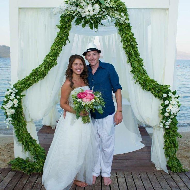 Bride bouquet with pink peonies