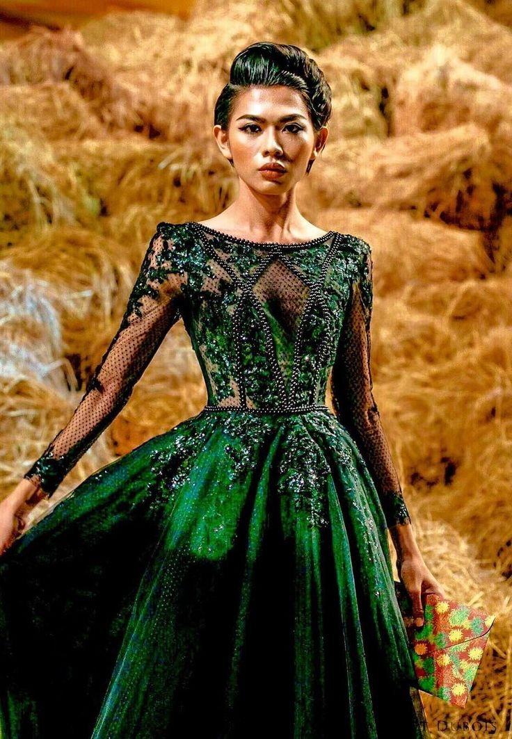 Kit Chung  Modelgurls  Formal dresses Ball gowns Fashion