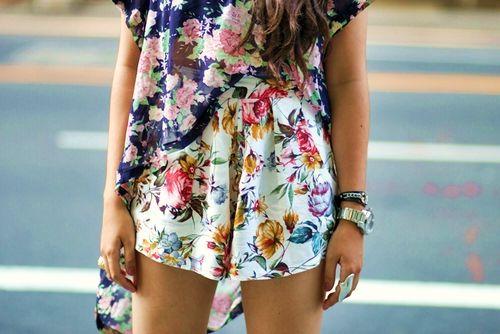 Mixing floral prints