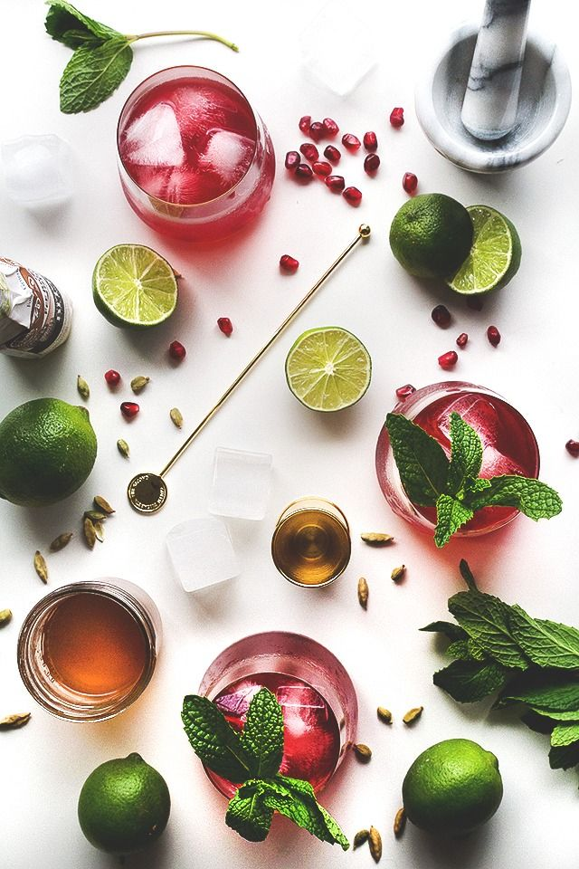 Spiced Pomegranate Cocktail // HonestlyYUM