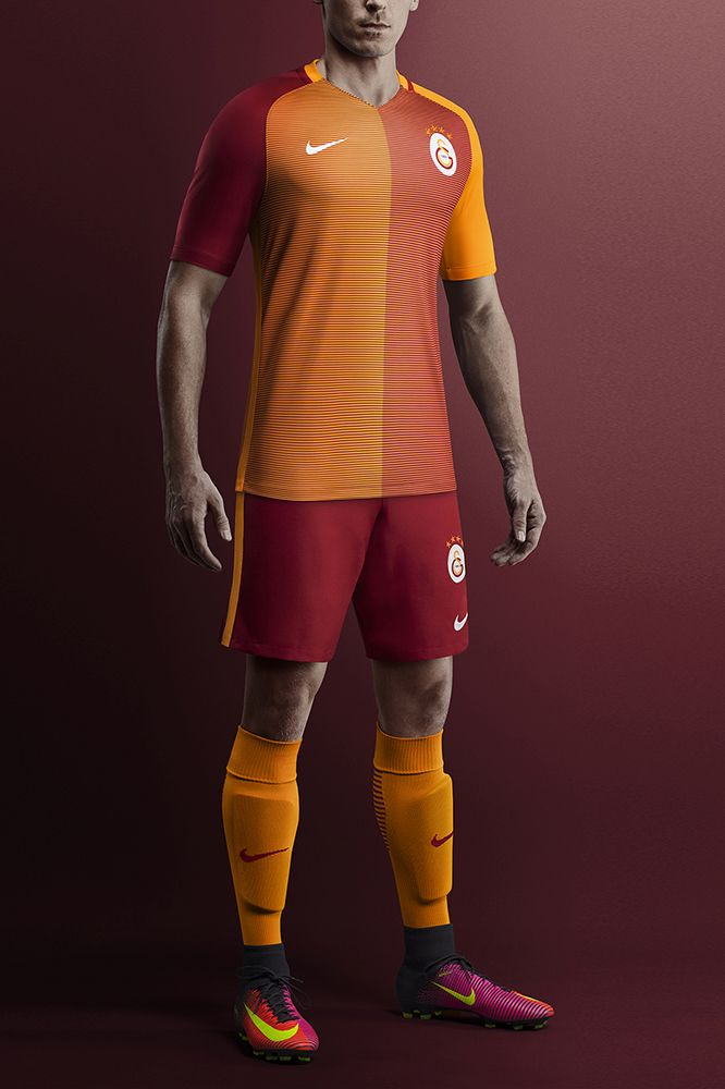 Camisas do Galatasaray 2016-2017 Nike Titular