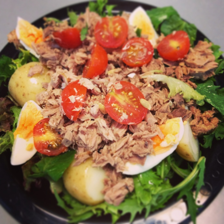 Tuna, potato, tomato & egg salad - another delicious meal from Michelle Bridges 12WBT
